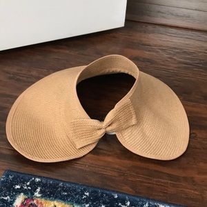 Rattan hat with bow on back
